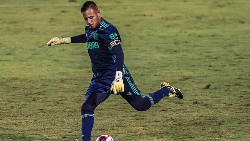 Diego Alves terá novo patrocínio para a Supercopa, confira