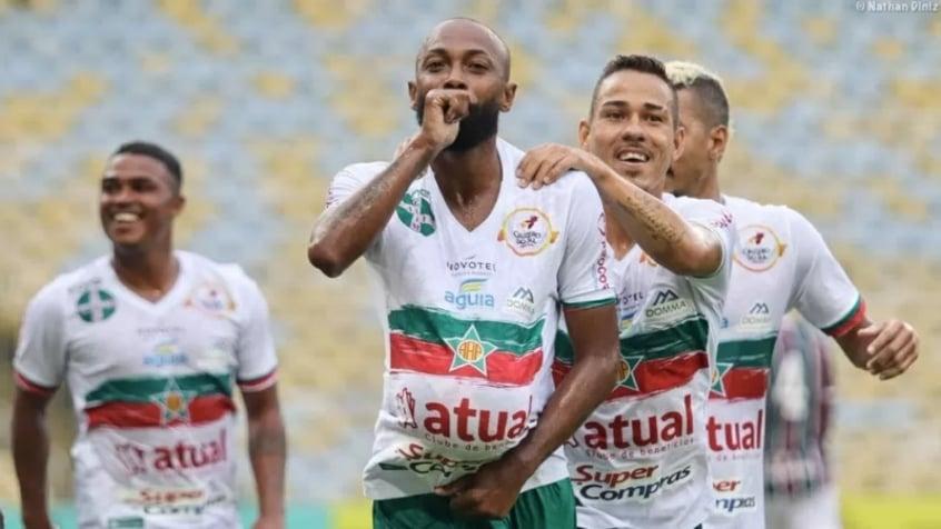 Atacante da Portuguesa fala sobre boa fase do time e duelo com o Flamengo