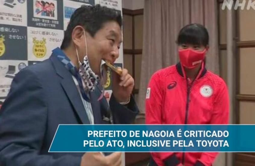 Prefeito de cidade japonesa morde medalha de atleta