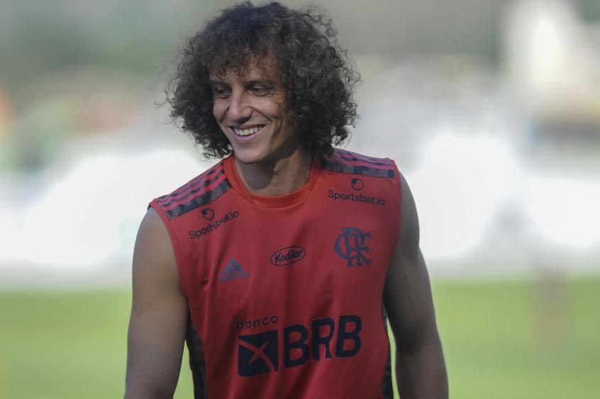 Flamengo faz trocas na lista da Libertadores e inscreve tr�s jogadores; confira