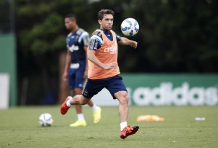 Rosario Central tenta empréstimo de Allione, mas Palmeiras veta