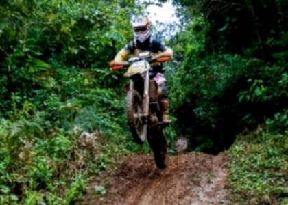 Enduro Neves