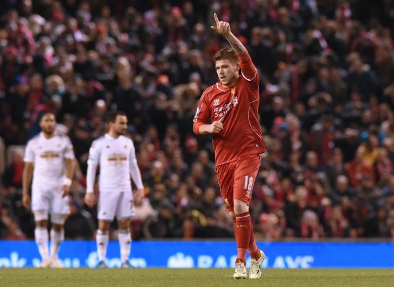 Alberto Moreno - Liverpool x Swansea City (Foto: Paul Ellis/AFP)