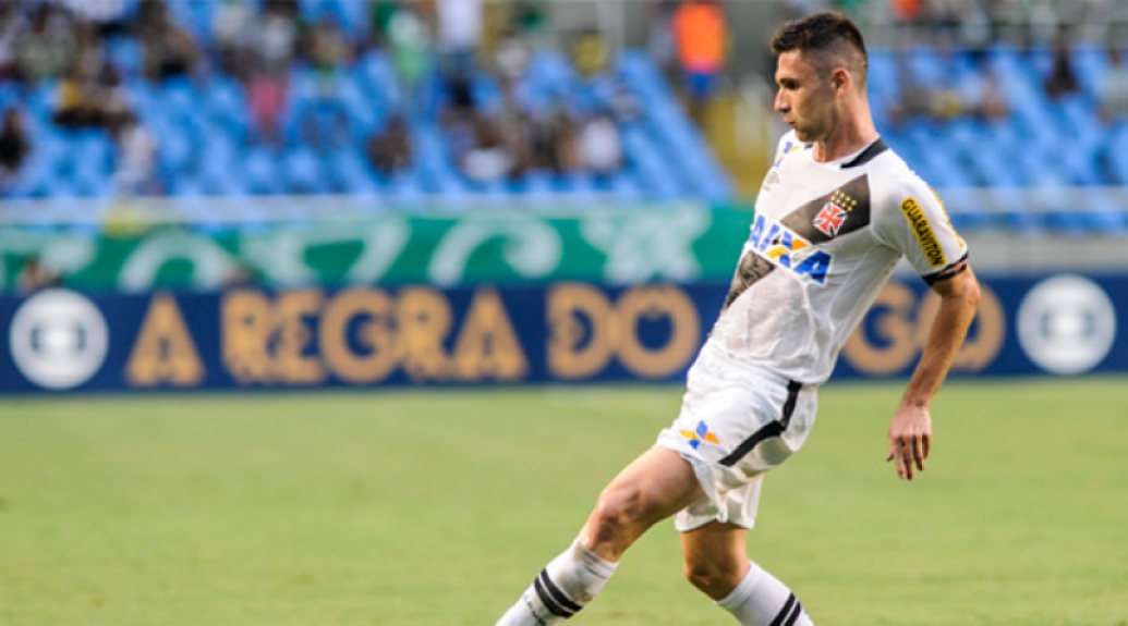 Bruno Gallo teve bom rendimento no meio-campo do Vasco (Foto: Marcelo Cortes/Lancepress!)