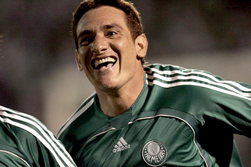 Com um dos gols de Gamarra, o Palmeiras bateu o Táchira por 2 a 0 em sua estreia na Libertadores de 2006