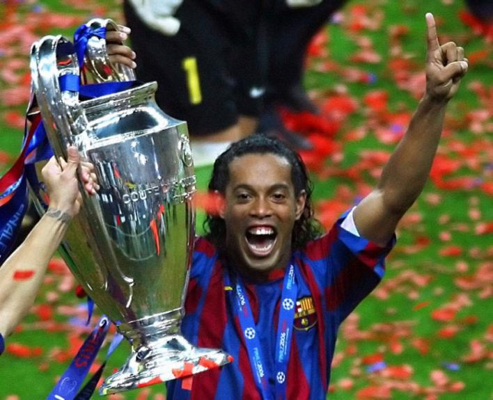 Ronaldinho Gaúcho faturou a Liga dos Campeões pelo Barcelona em 2006
