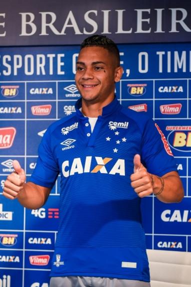 Apresentação de Bryan no Cruzeiro