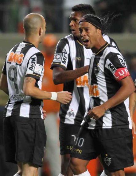 Ronaldinho, Jô e Tardelli - ATLÉTICO-MG