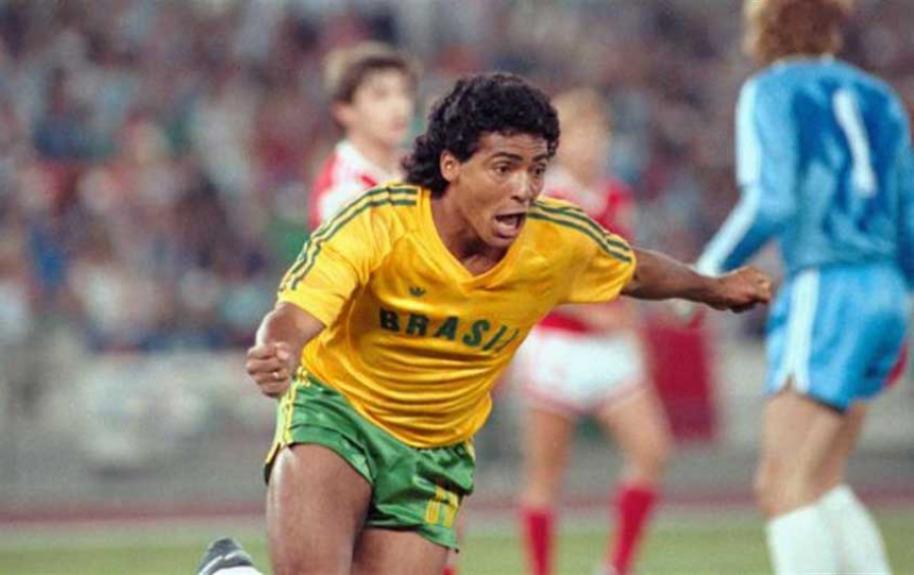 Romário faz 52 anos. Relembre suas grandes conquistas no futebol