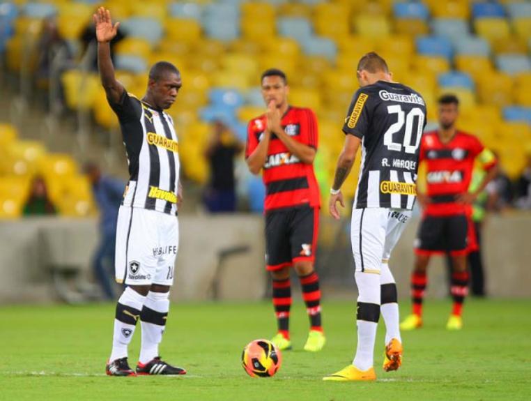 Seedorf e Rafael Marques - Botafogo 1x1 Flamengo - 25/9/2013
