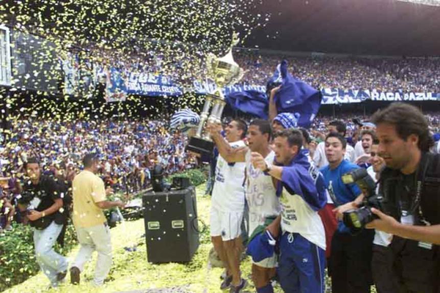 30 11 2003 - Cruzeiro 2x1 Paysandu - campeão com duas rodadas de  antecedência 36324bf3c2a3b