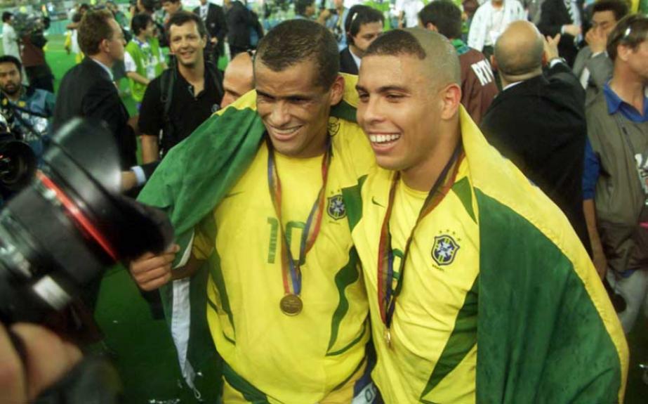 Brasil no topo! Veja quantas Copas do Mundo cada seleção jogou  72fc9fb2393c3
