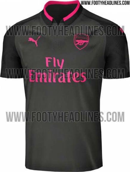 Veja 25 camisas da próxima temporada europeia que já vazaram na ... ba8dd4424a594
