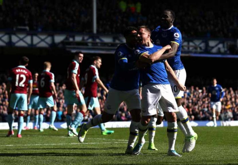 Everton x Burnley