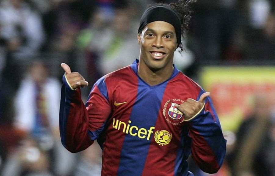 Ronaldinho Gaúcho era o melhor do mundo e seria aplaudido de pé pela torcida do Real Madrid