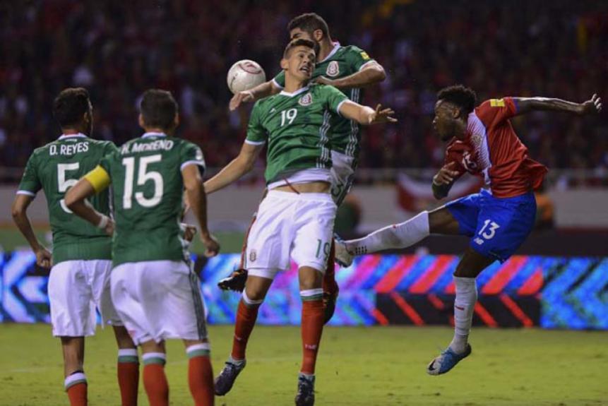 Não faltaram lances disputados no empate por 1 a 1 entre Costa Rica e México, que praticamente garantiram os primeiros. Os mexicanos já estão classificados