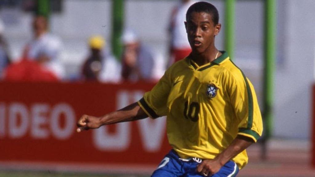 Ronaldinho (meia) - 1997