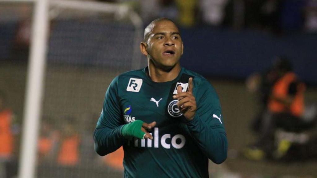A carreira do atacante Walter - Goiás