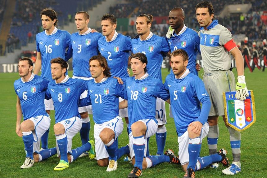 Pirlo deixa o futebol  relembre a carreira do craque italiano  7a8a099f62bad