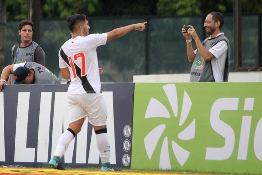 cdcf7d17c5 ATUAÇÕES  Andrey salva o Vasco de novo tropeço e leva maior nota ...