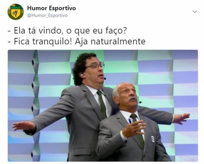 Resultado de imagem para Casagrande e Júnior viram meme após cena hilária em jogo do Real