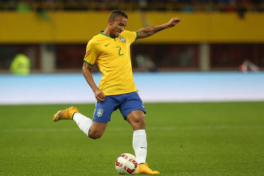 Danilo - lateral - Manchester City (ING)