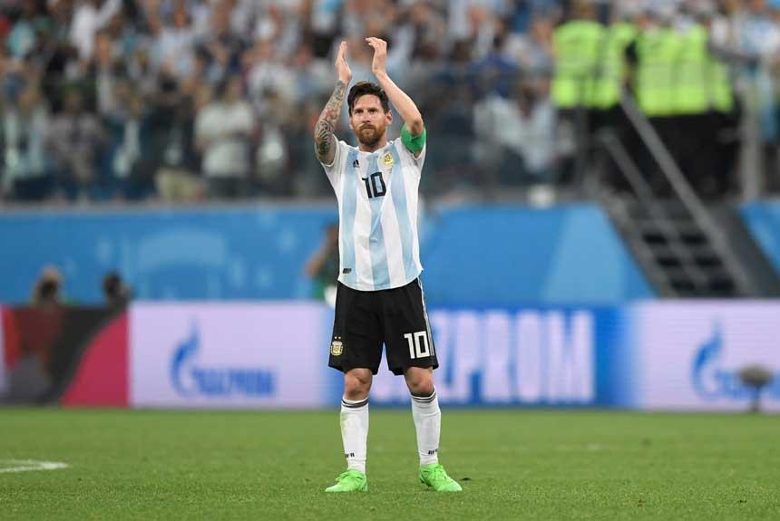 08f788aff4 Milagre argentino e drama da Islândia  veja imagens de mais num dia ...