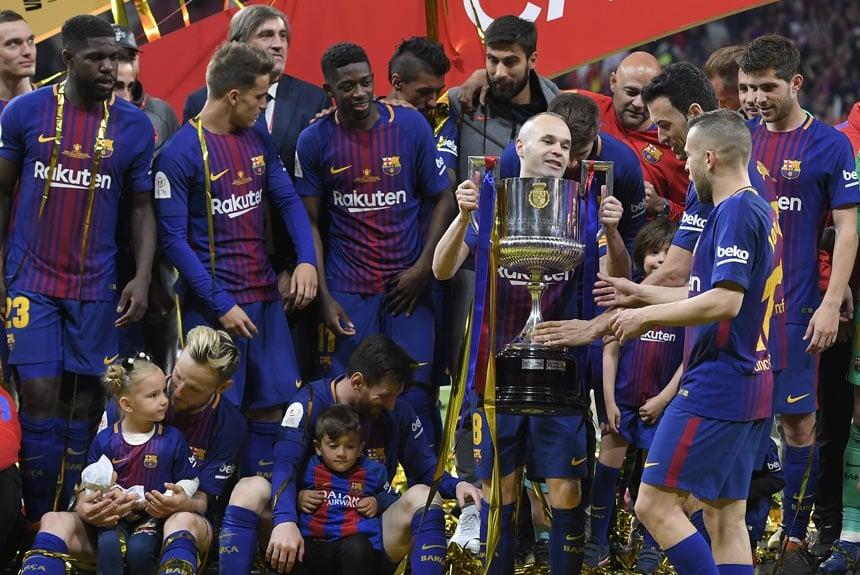 Messi também tem um total de seis Copa do Rei no currículo. A última foi 61ab9d7cb9cea