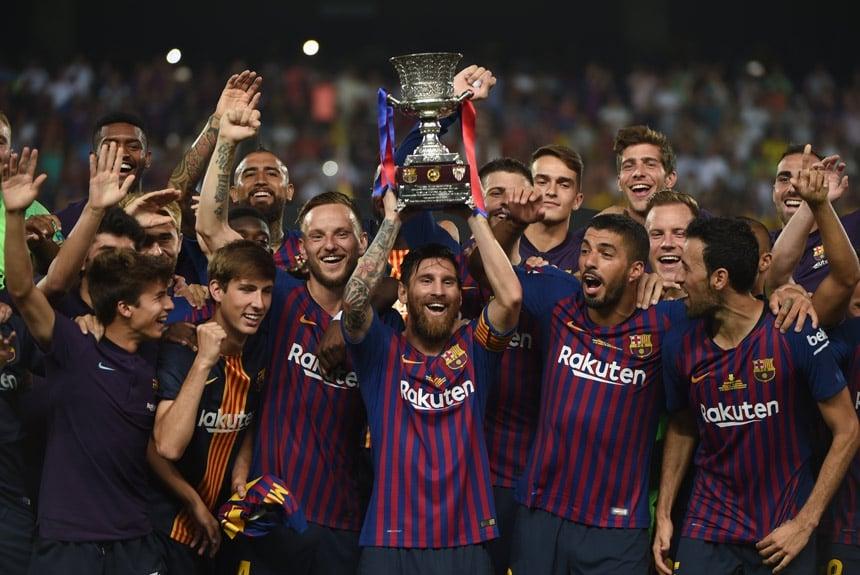 A conquista mais recente de Messi pelo Barcelona foi a Supercopa da  Espanha. No total f713fb2bba02a