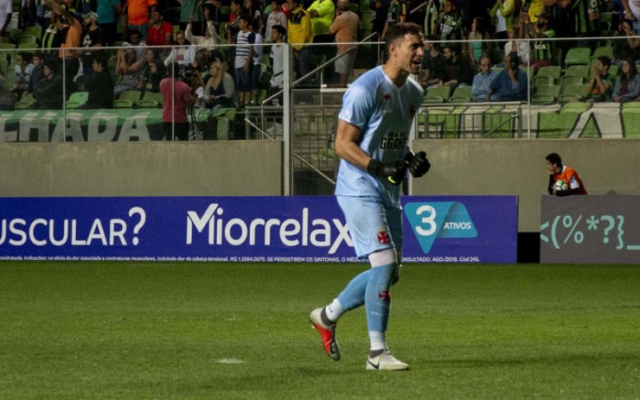 ... convocado para defender a seleção uruguaia nos amistosos contra Japão e  Coreia do Sul 45152445b6c1c