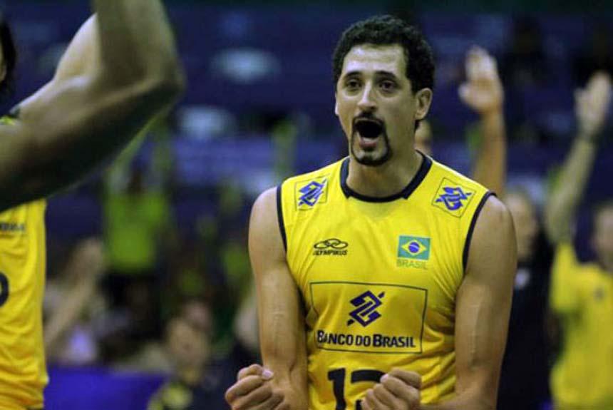 jogador de vôlei da Seleção Brasileira Maurício Souza