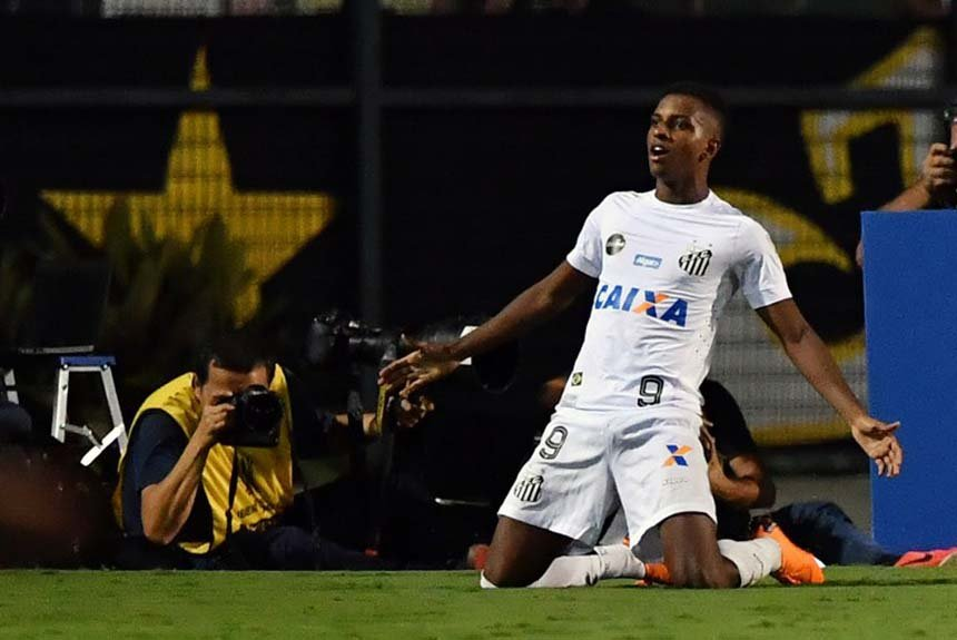 5b680c23a2 Confira as dez maiores transações da história do futebol brasileiro ...