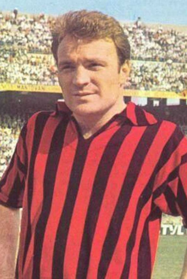 9a1cebb868e2c Se Kaká pode ser considerado um dos maiores ídolo da história recente do  Milan, José João Altafini, o Mazzola, foi um dos pioneiros nesta idolatria  do clube ...