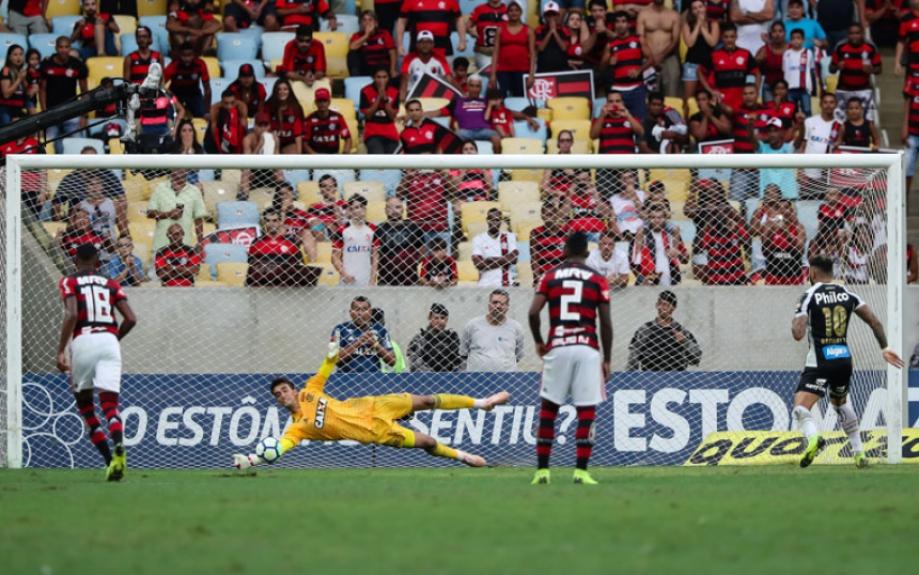 ATUAÇÕES: César e Dourado brilham em vitória do Flamengo