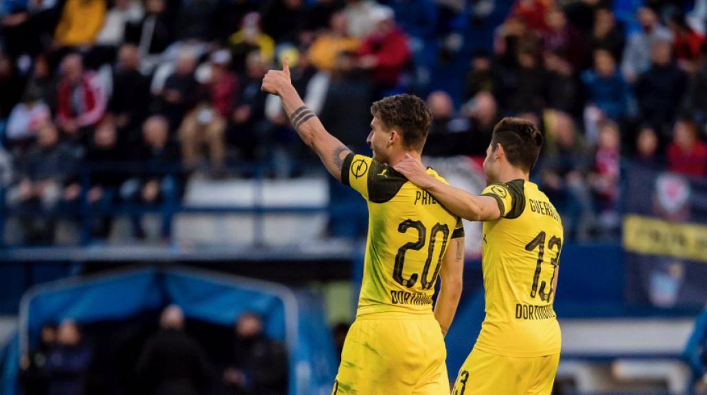 Jogadores do Borussia comemoram