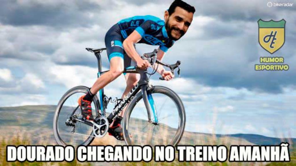 Golaço de bicicleta de Henrique Dourado leva internet à loucura ... 373902a5a7554