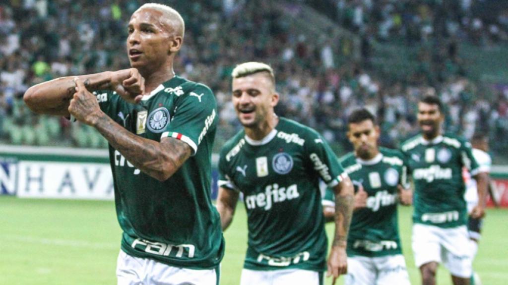321fb8edb0762 ATUAÇÕES  Prass e Deyverson se destacam na 1ª vitória do Palmeiras ...