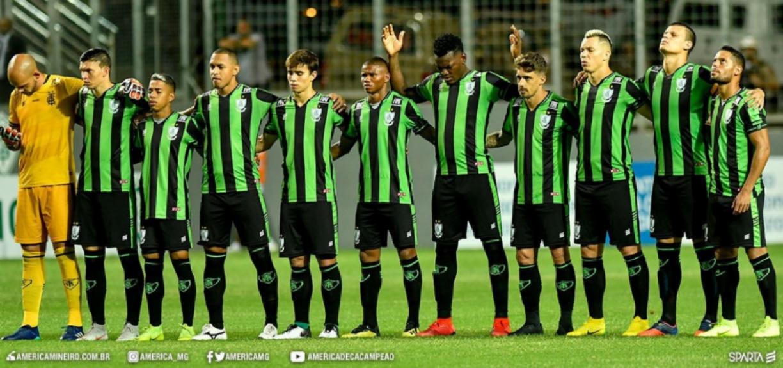 América-MG homenageia o Flamengo