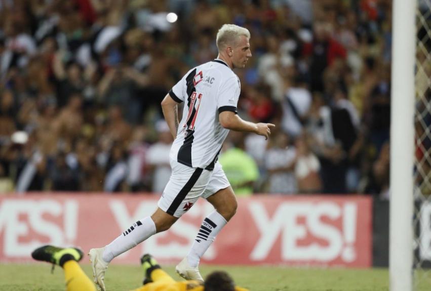 Maxi Lopez - Vasco x Flamengo