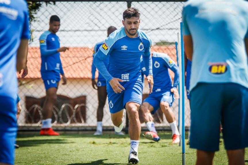 Robinho tem tido um 2019 bom, conseguindo ser um dos articuladores de jogadas da Raposa ao lado de Rodriguinho