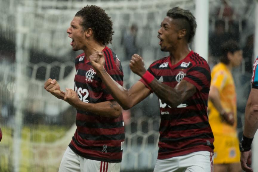 Corinthians x Flamengo Arão e Bruno Henrique