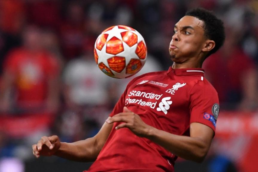 Alexander-Arnold - Liverpool x Tottenham