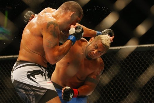 Mark Hunt, Antonio Pezão (FOTO: Getty Images)