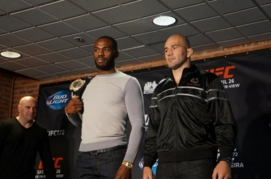 Glover Teixeira, Jon Jones (FOTO: UFC)