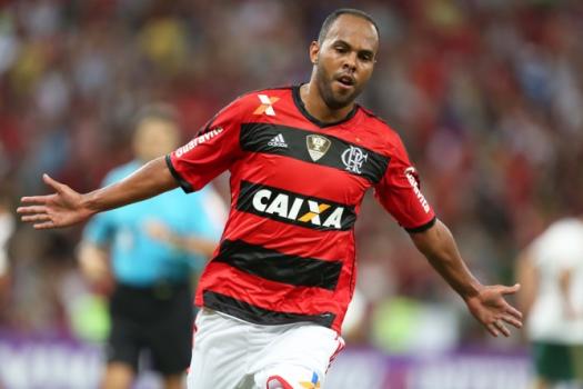 Atacante Alecsandro entra na Justiça contra o Flamengo | LANCE!
