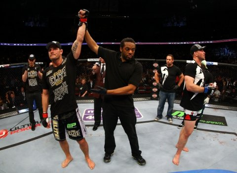 Michael Bisping vence Alan Belcher no UFC 159 - Getty Images