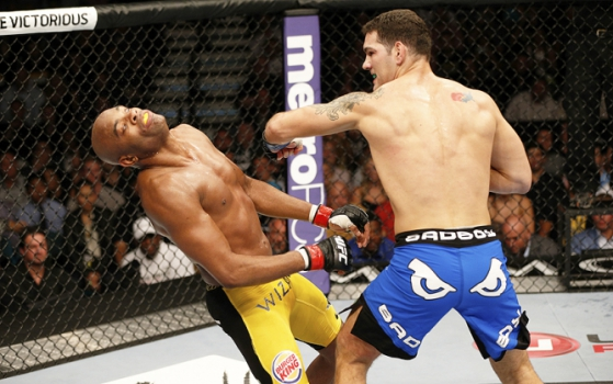 Anderson Silva foi nocauteado por Chris Weidman no UFC 162 (Foto: Josh Hedges/ Getty Images)
