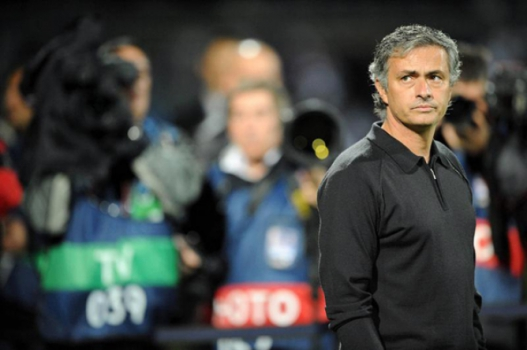 Lyon x Real Madrid - Mourinho (Foto: Jean Paul Thomas/EFE)