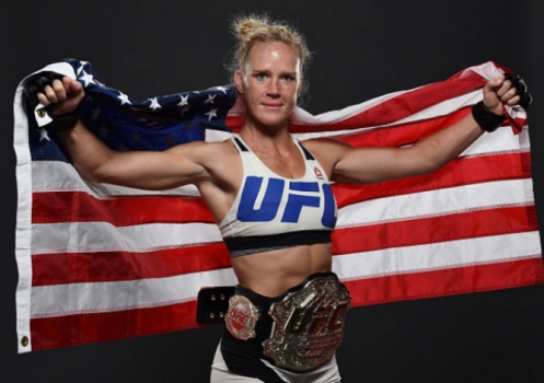 Holly Holm é a nova campeã do UFC (FOTO: UFC)