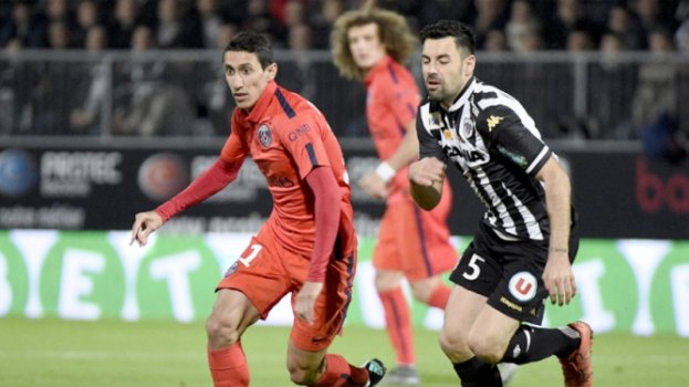 HOME - Angers x PSG - Campeonato Francês - Di Maria (Foto: Damien Meyer/AFP)